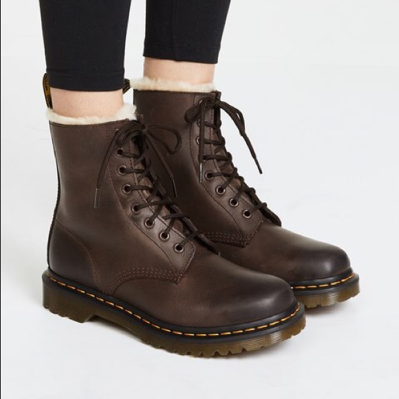 Popularity Dr. Martens FUR LINED SERENA WYOMING (Black